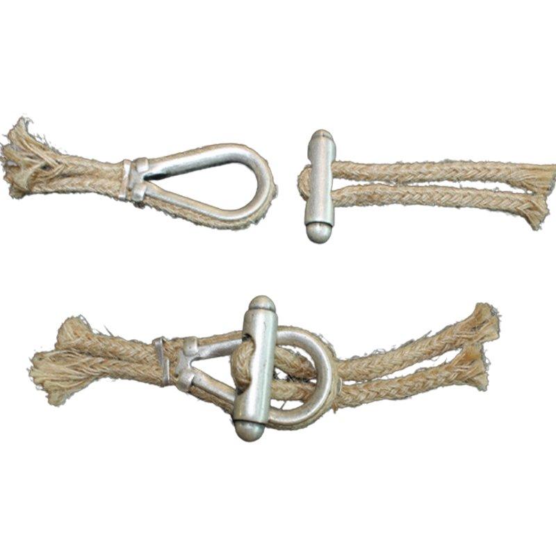 Knebelverschluss aus Jutekordel und Metall altsilber